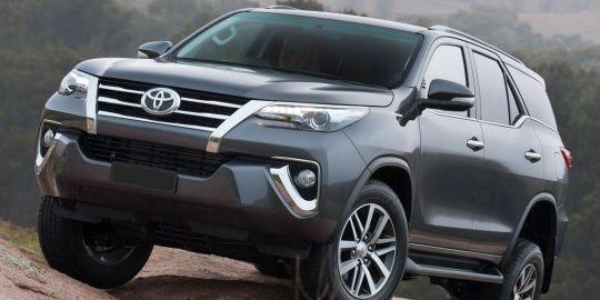 Toyota Fortuner 2018 dẫn đầu thị trường, hãy là người đầu tiên đặt xe nhận xe sớm nhất